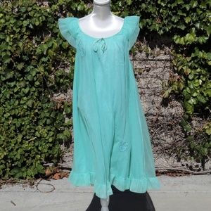 VTG Night Gown